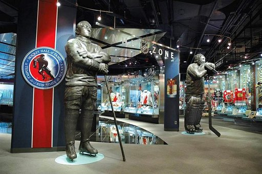 Hockey Hall of Fame -pyhätössä on muun muassa Stanley Cup -pokaalin koti.