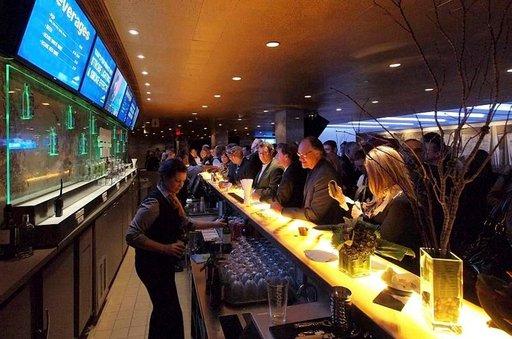 Runsas tarjonta houkuttelee oluen ystäviä maistelemaan Toronton omia oluita.