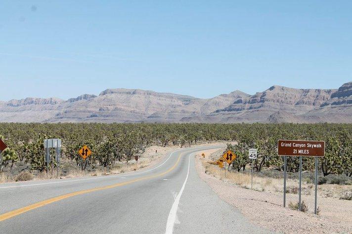 Kanjonin ihmeet intiaanien mailla<br /> - vaihtelua syntiselle Las Vegasille