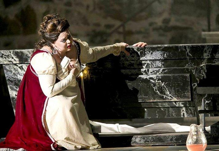 Oopperajuhlien päätöstähtinä Tosca ja Sibelius