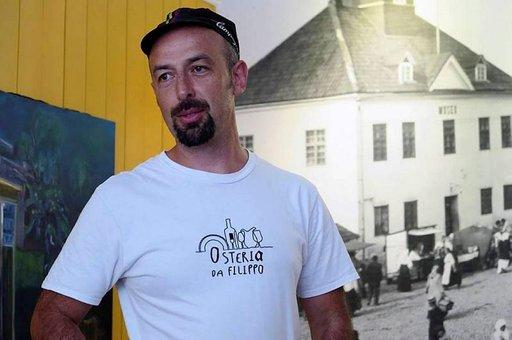 Ravintoloitsija Filippo Bosso kotiutui Raumalle Italiasta.