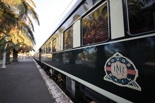 Nautiskelijan Kapkaupunki ja Rovos Rail:<br /> häivähdyksiä menneestä maailmasta