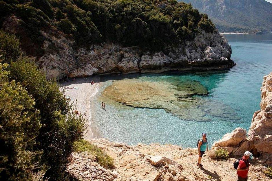 Kreikka on nyt suositumpi matka-<br /> pakettimaa - Espanja jäi kakkoseksi