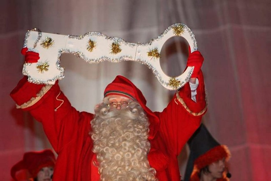 Napapiirin Joulupukki saa pitää avaimet omaan kammariinsa.
