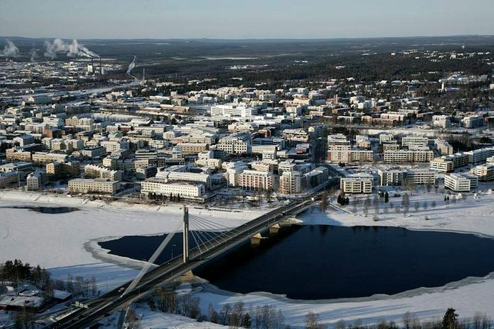 Poliisi varoittaa matkailijoita<br /> Rovaniemen heikoista jäistä