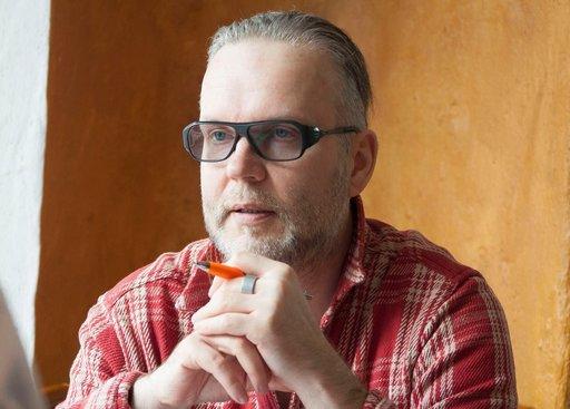 Todellinen Tallinna osa 2 -teoksen on toimittanut Virossa lähes 30 vuotta asunut suomalainen toimittaja, FM Sami Lotila.