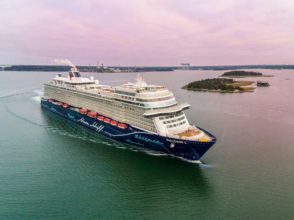 Meyer Turku luovutti uuden<br /> aluksen TUI Cruisesille