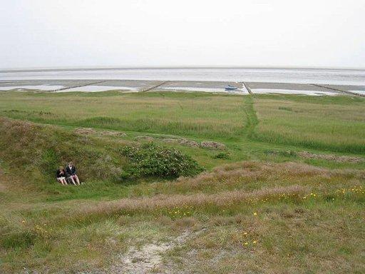 Ulkoilmaelämää parhaimmillaan: eväshetki tuulensuojassa Mandølla.