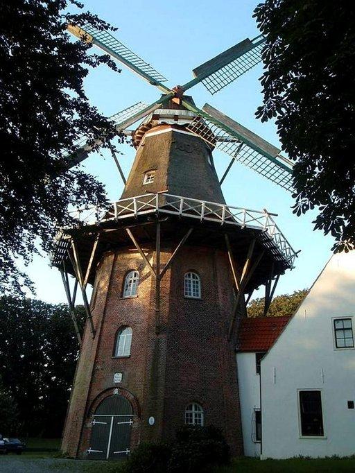 Emdenin ylpeys Wrouv Johanna Mühle toimii myös loma-asuntona.