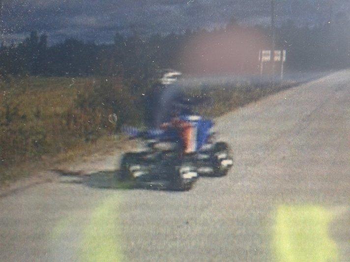 Mönkijän kuljettaja vangittiin:<br /> Poliisin vammat vakavia