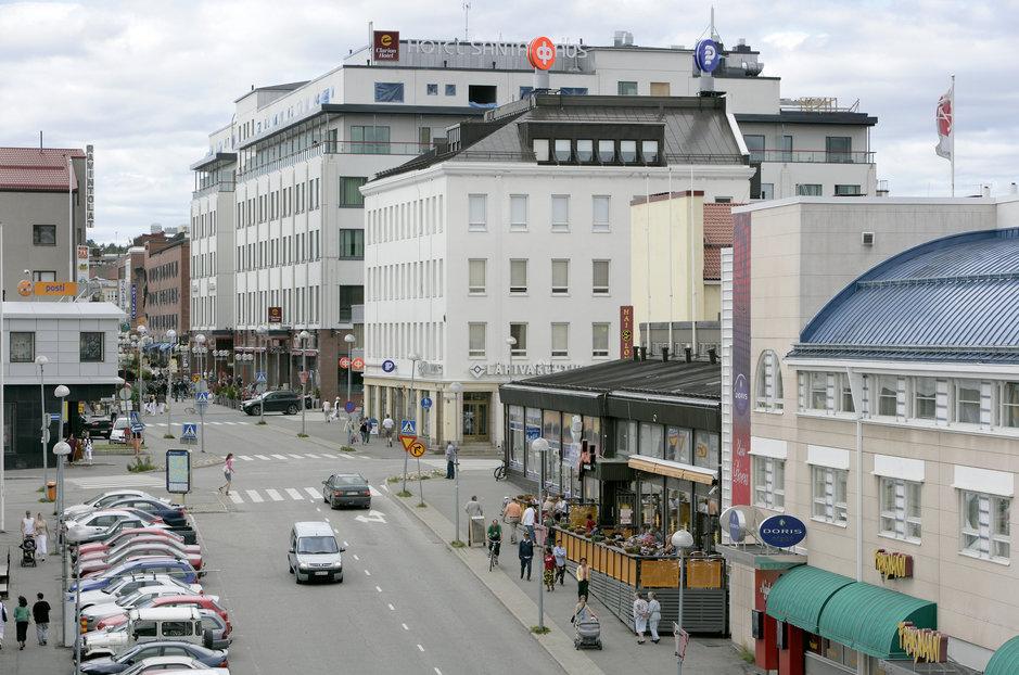 Kaupunkikeskustat hiipuvat - Toisin<br /> nyt Rovaniemellä ja Tikkurilassa