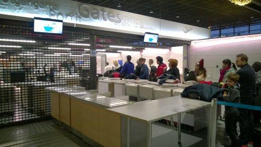 Rovaniemen lentoaseman toinen turvatarkastuslinja pysyi suljettuna ruuhkasta huolimatta.
