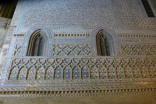 Kristittyjen palvelukseen jääneiden maurien taiteilema keramiikka La Seo -katedraalin muurissa on UNESCOn maailmanperintökohde.