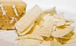 Grana Padano DOP(10-12kk) juustolastu 1000g
