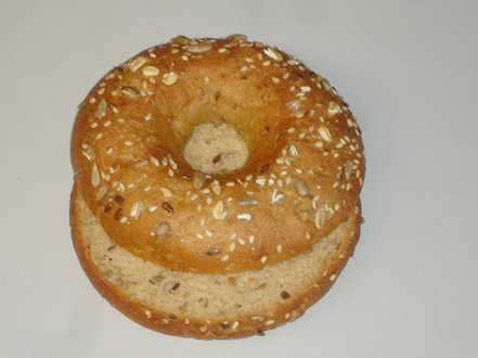 Low carb bagel 75g, halkaistu, V #1