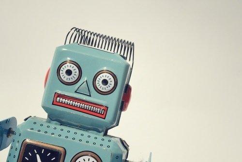 Myyjä: Simppeli&Ilmainen Robotti, Jolla Parannat Asiakaskokemusta